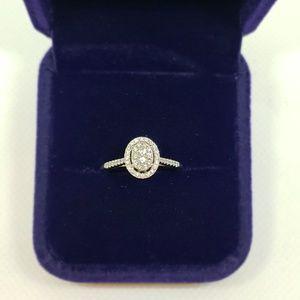 Jewelry - 🔥24 Hour Flash Sale!🔥Diamond Engagement Ring